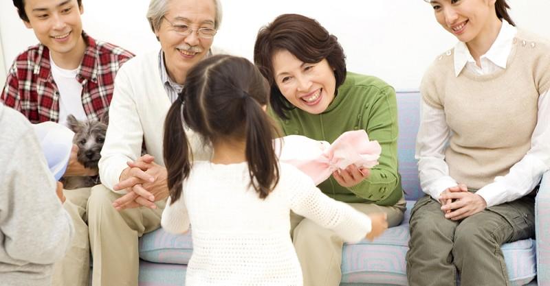 有禮貌的孩子是教出來的,從1歲半開始學說這三句話!