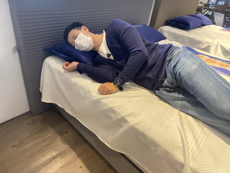 側躺沛迪醫生床墊