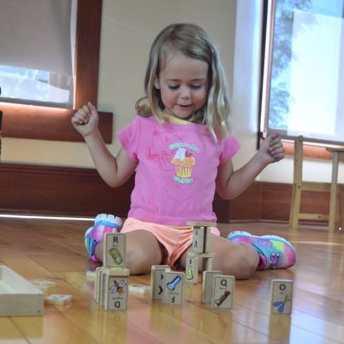 全網最低價↘美國 Begin Again 純木質益智玩具(探險ABC骨牌組)