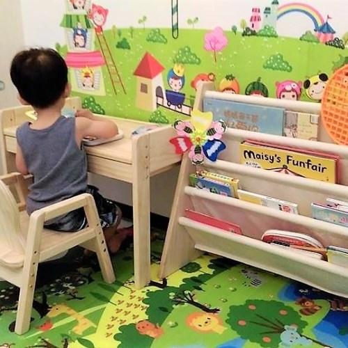 媽咪拜獨家好禮組合mini一桌一椅+書報架贈軟墊跟護木油