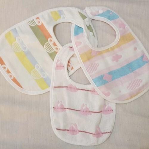【3條入】大尺寸雙面口水巾 六層紗純棉U型圍兜 雙按扣 口水巾 吃飯巾 圍嘴 三角巾