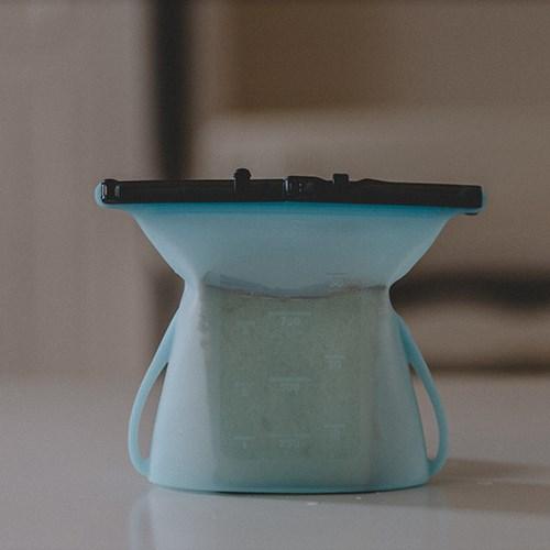 寶寶副食品備餐神器:仁舟淨塑-矽密袋 3件組 (1000MLx3)✔可隔水加熱、可冷凍可微波✔通過SGS食品級檢測與美國FDA認證