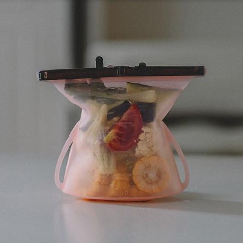 食在減塑組:仁舟淨塑-矽密袋2件組 (1500ML+1000ML)贈-矽吸管x2 ✔可隔水加熱、可冷凍可微波✔通過SGS食品級檢測與美國FDA認證